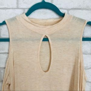 BEIGE COLD SHOULDER TOP WITH KEYHOLE CHEST